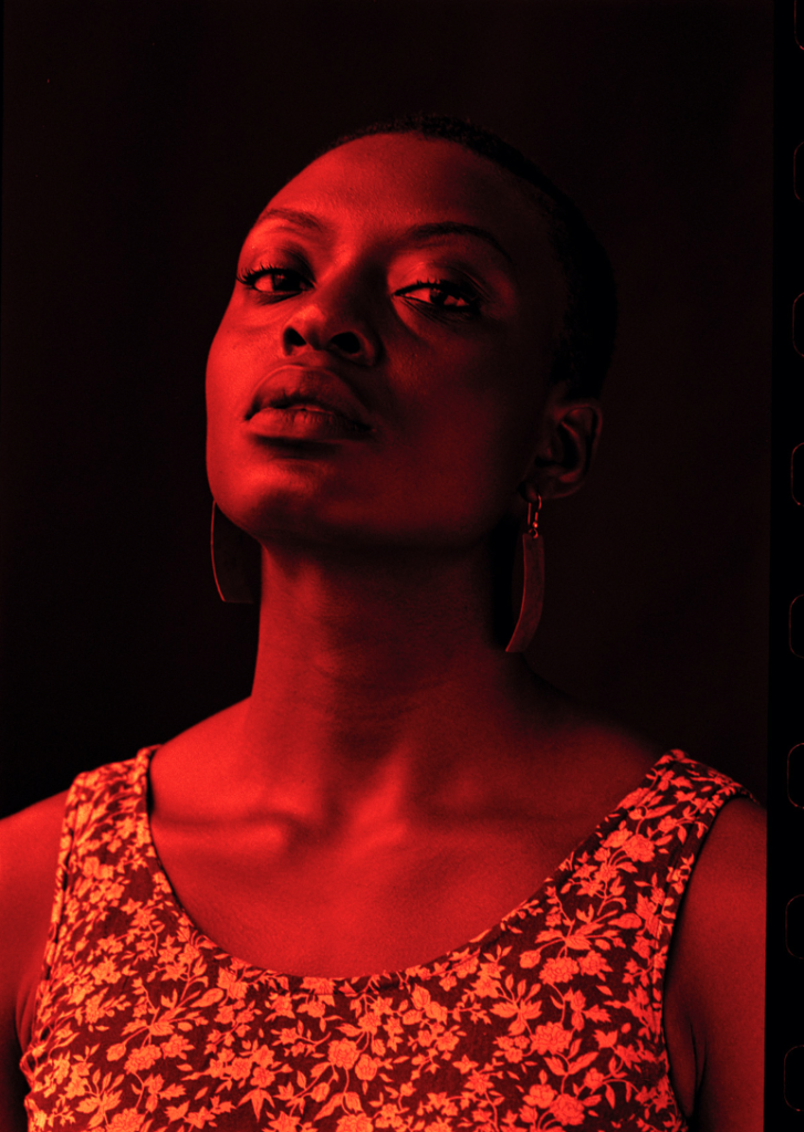 Warrior Bloodline, Delphine Diallo, photographie en couleur